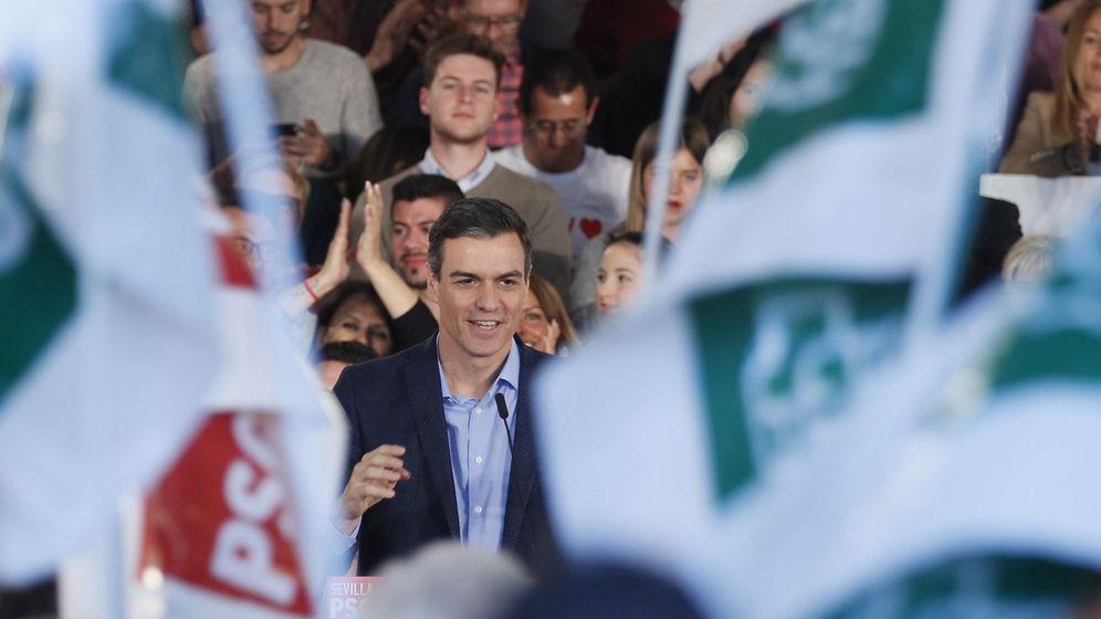 Foto: Pedro Sánchez en un acto de campaña en Dos Hermanas, Sevilla. (Efe)