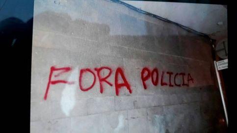 Escraches nocturnos contra los antidisturbios desplazados a Cataluña