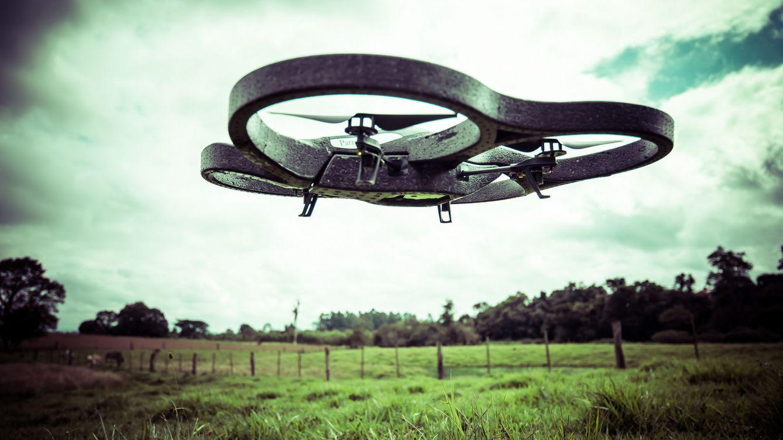 Foto: Los drones tienen la capacidad de ahorrar un 30% a las explotaciones agrícolas mediante el uso de sensores que recogen información de las plantas. Foto: Mauricio Lima (Flickr).