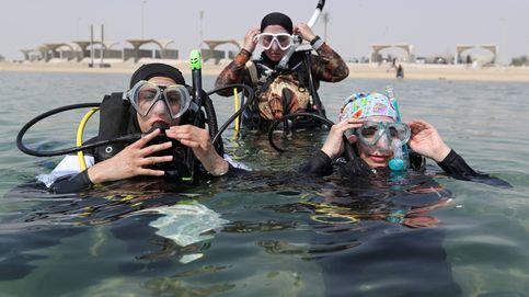 Las primeras instructoras de buceo de Arabia Saudí