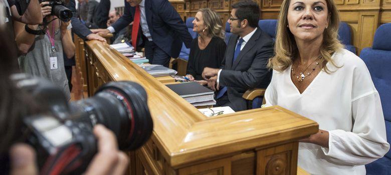 Foto: -La presidenta del Gobierno de Castilla-La Mancha en las Cortes (Efe)
