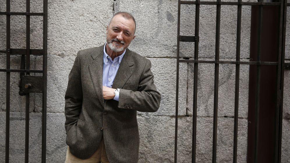 Foto: El escritor y académico Arturo Pérez-Reverte (Efe)