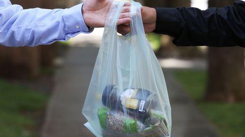 Las mayores tiendas del mundo quieren que juegues a reciclar sus bolsas