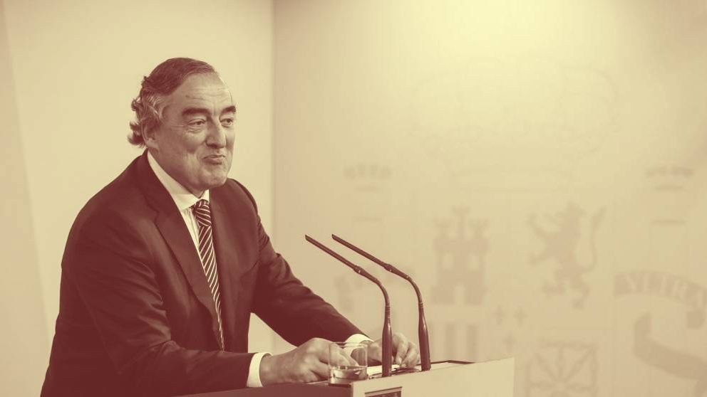 El exjefe de la CEOE prepara su candidatura para una presidencia apolítica del Barça