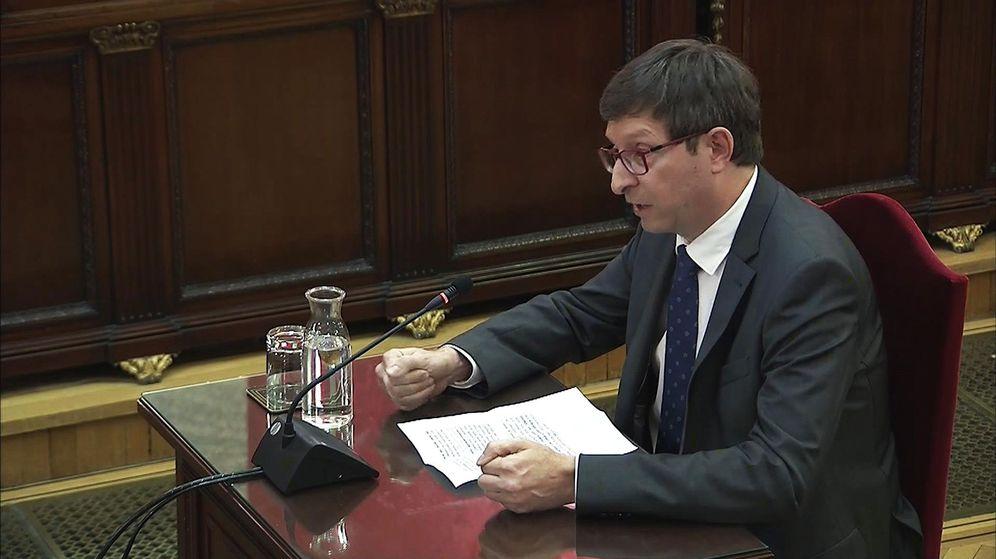 Foto: El exconseller de Justicia Carles Mundó en el juicio del 'procés'. (EFE)