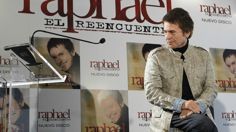 Raphael presenta 'El reencuentro', un disco con temas de Manuel Alejandro. (EFE)