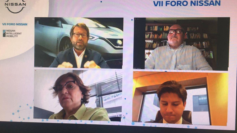 De izquierda a derecha, arriba, Francesc Corberó, de Nissan Iberia, y Joan Capdevila, de ERC; y abajo, Helena Caballero, del PSOE, y Diego Gago, del PP.