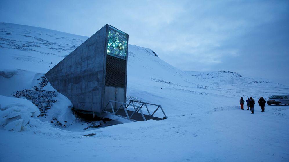 Foto: La entrada de la la Bóveda Global de Semillas de Svalbard, en Noruega. (Reuters)