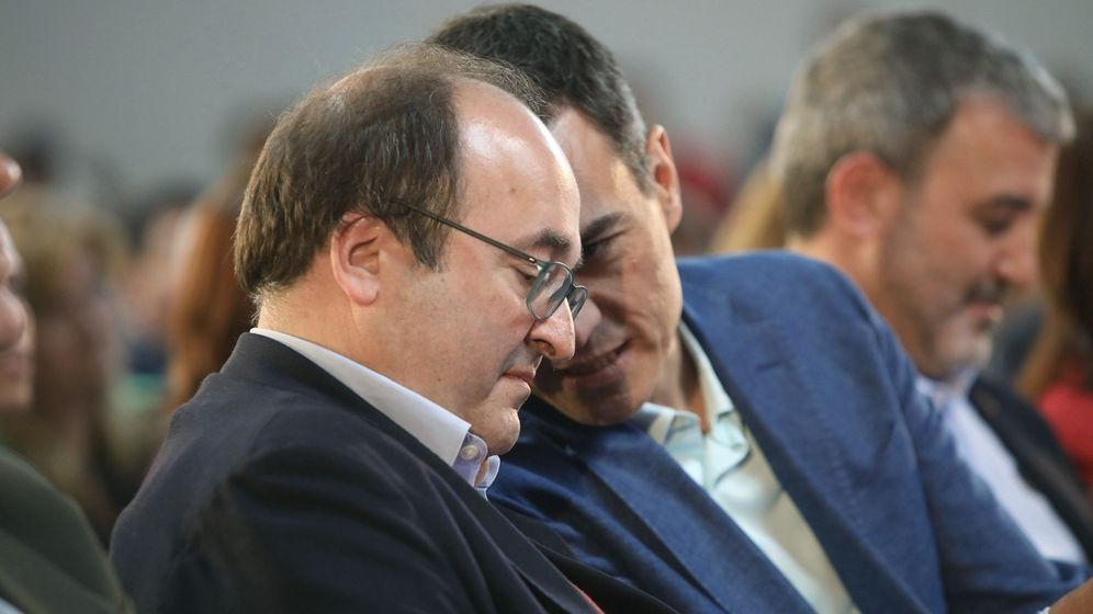 Foto: Miquel Iceta y Pedro Sánchez, el pasado 31 de marzo en Tarragona, durante la clausura de la convención municipal del PSC. (EFE)