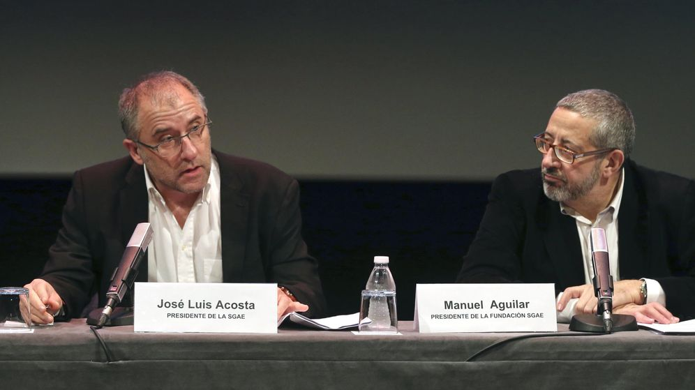 Foto: José Luis Acosta y Manuel Aguilar, presidente de la SGAE y de la Fundación SGAE, respectivamente, en una foto de archivo (Efe)
