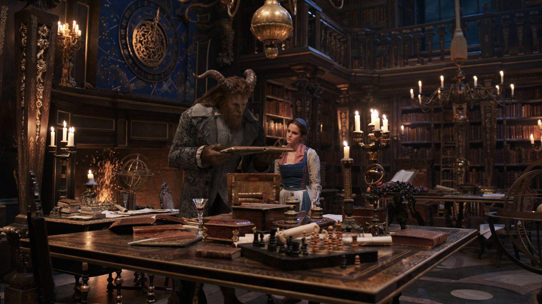 Emma Watson y Dan Stevens son Bella y Bestia en la película. (The Walt Disney Company)