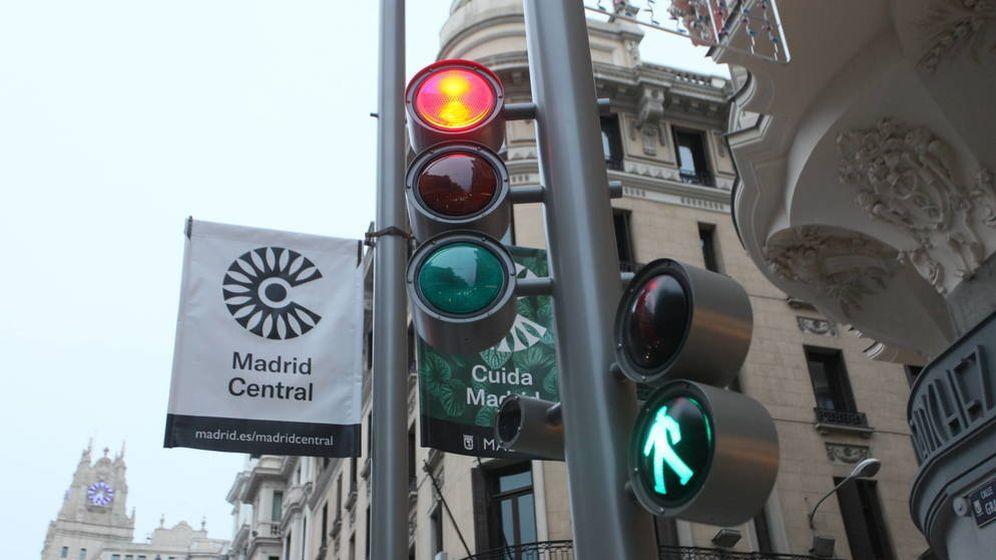 Foto: Cartel que anuncia la entrada a Madrid Central. (EFE)