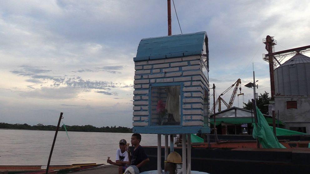 El pueblo que adopta cadáveres: Bajaban por el río entre 20 y 25 cuerpos cada semana