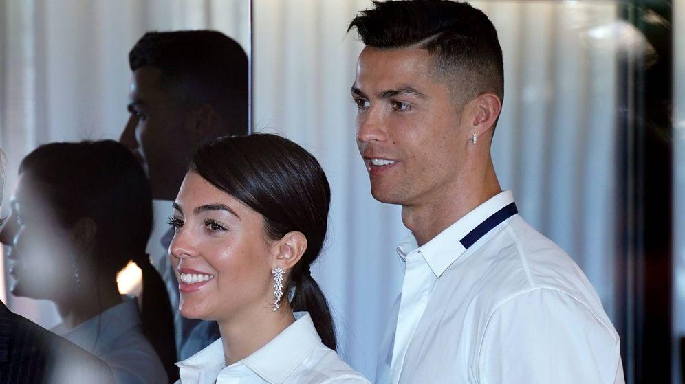 Foto: Cristiano Ronaldo y Georgina Rodríguez en una imagen de archivo. (Cordon Press)
