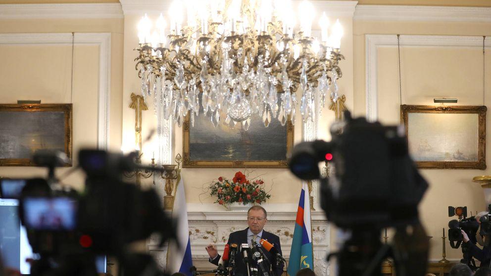 El oro de Moscú: así financia Londres las campañas del Kremlin contra la democracia