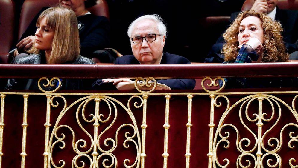 Foto: Manuel Castells, durante el debate de investidura. (EFE)