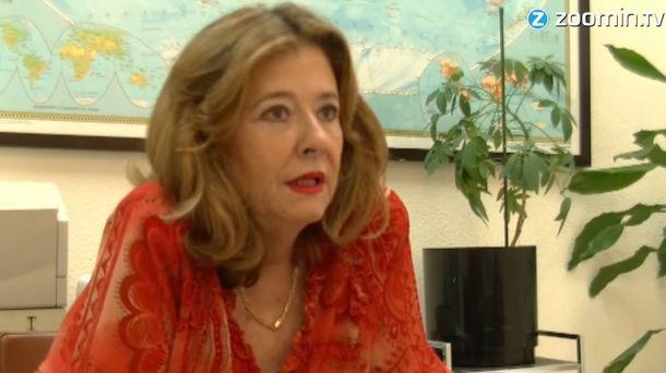 Foto: Pilar Renes, durante su intervención en un reportaje televisivo sobre refugiados.