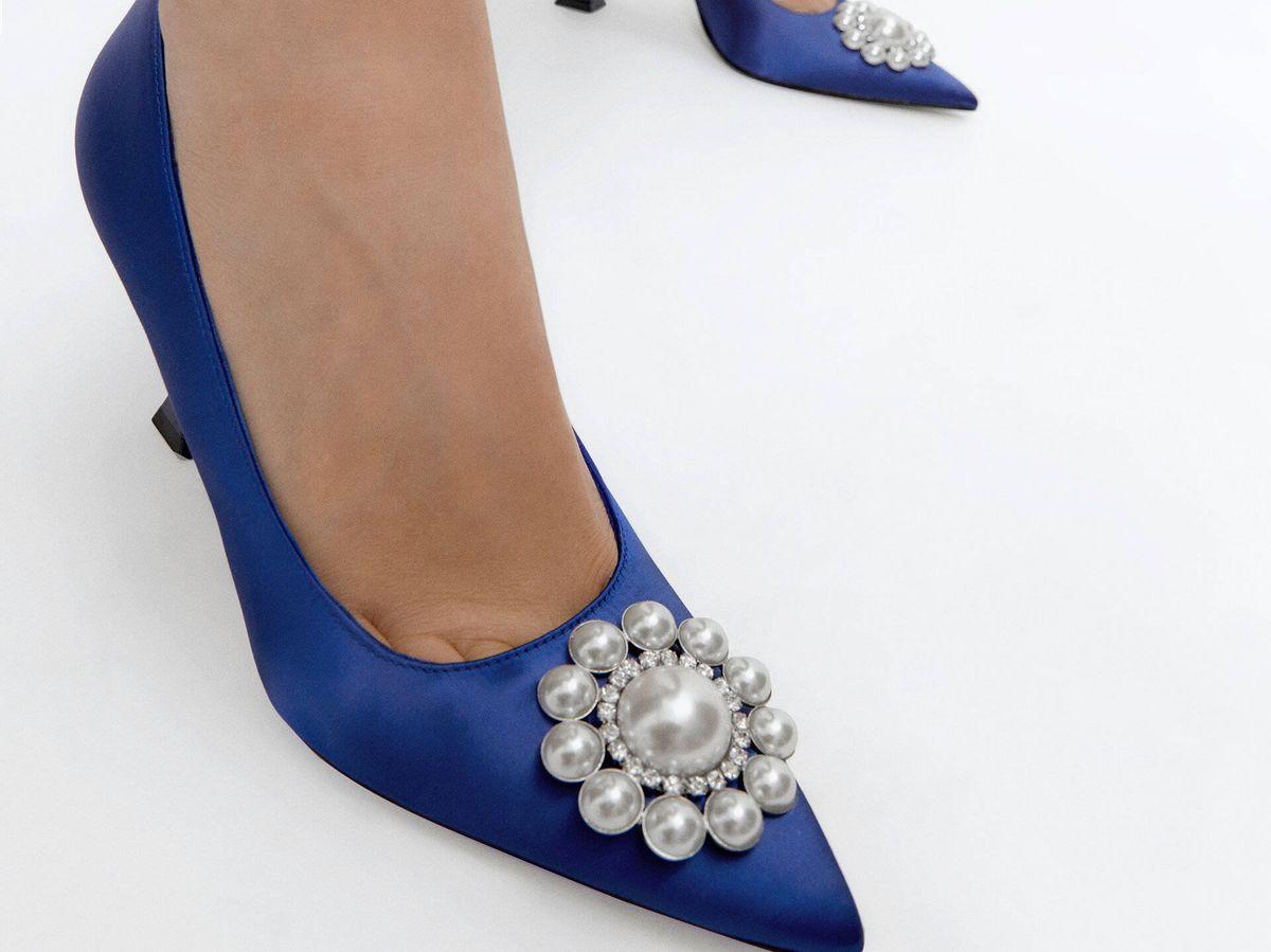 Foto: Estos zapatos de salón de Uterqüe son para fanáticas de 'Sexo en Nueva York'. (Cortesía)