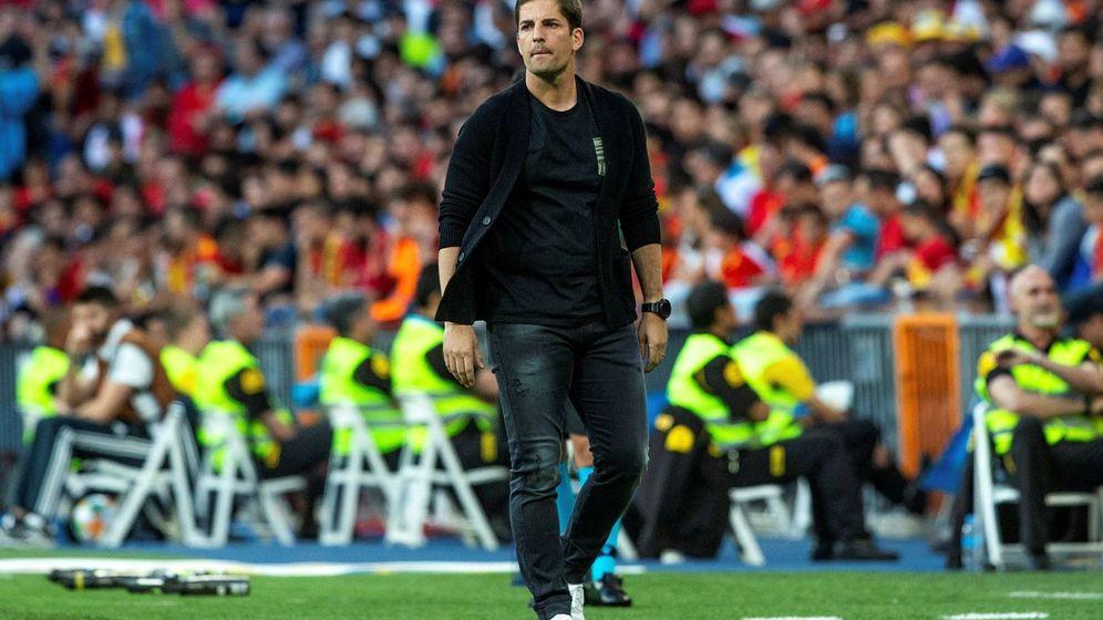 Foto: Robert Moreno, durante el partido entre España y Suecia en el Bernabéu. (EFE)