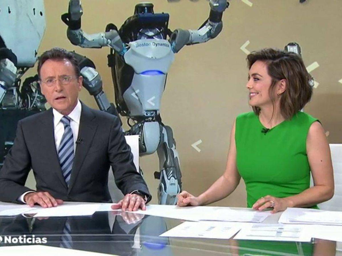 Foto: Matías Prats y Mónica Carrillo. (Atresmedia Televisión)