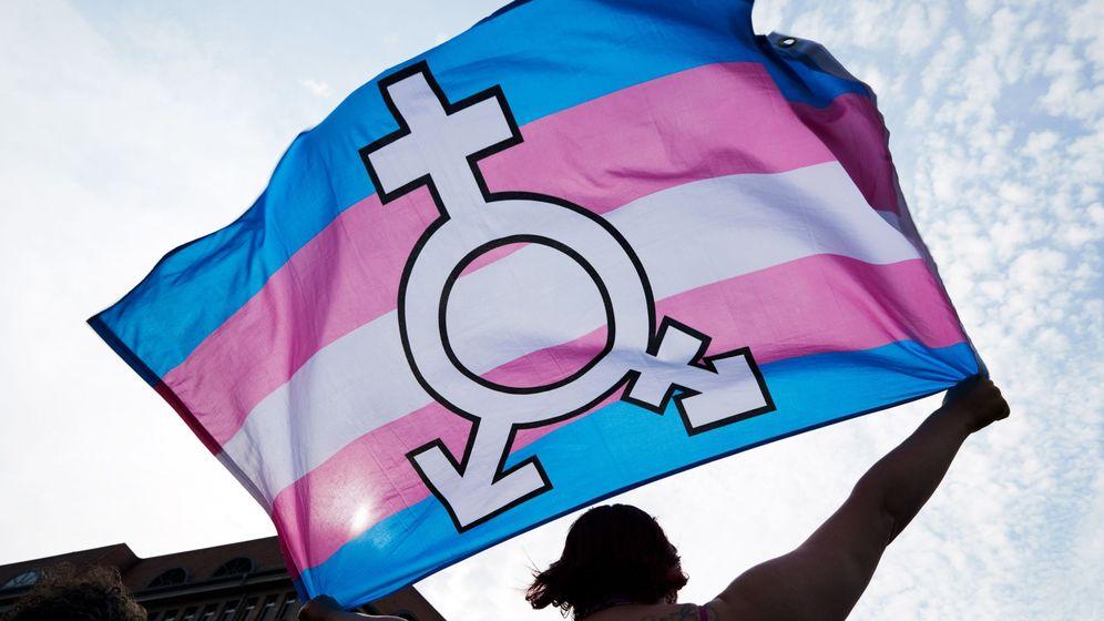 Foto: Celebración del día internacional contra la homofobia y la transfobia