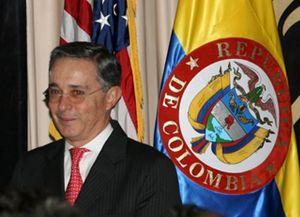 El presidente colombiano firma las primeras 16 resoluciones de indulto para ex guerrilleros de las FARC