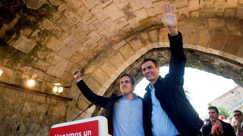 Sánchez exige a Rivera elegir tras el caso máster: No se puede soplar y sorber