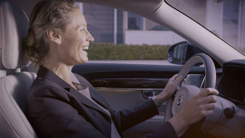 El futuro del coche: cómo comprar en Amazon con tu voz desde el asiento