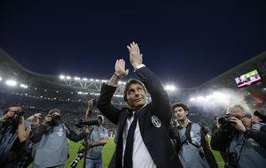 Conte llega a Italia con la 'ayuda' de Puma para liderar la renovación