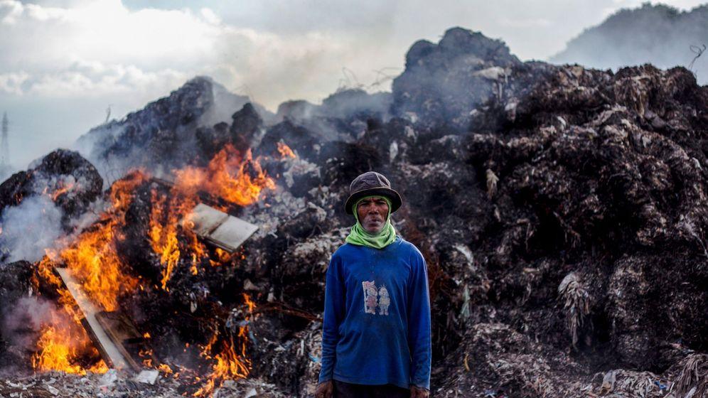 Foto: Desechos de plástico en Indonesia. (EFE)