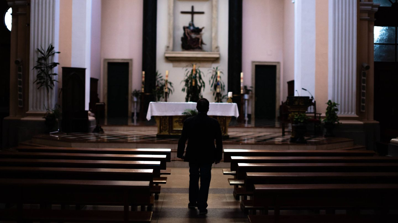 Martín lleva unos meses en Madrid, mezclando su trabajo en una parroquia madrileña.