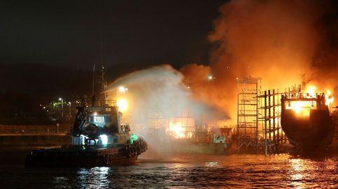 Tres barcos quemados en un incendio en el astillero de Marín (Pontevedra)