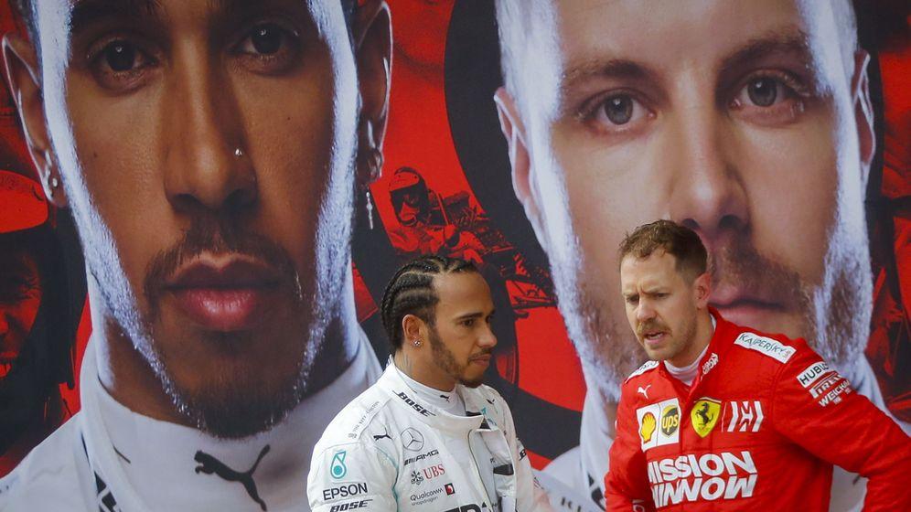 Foto: Hamilton y Vettel al termino del Gran Premio de China. (EFE)