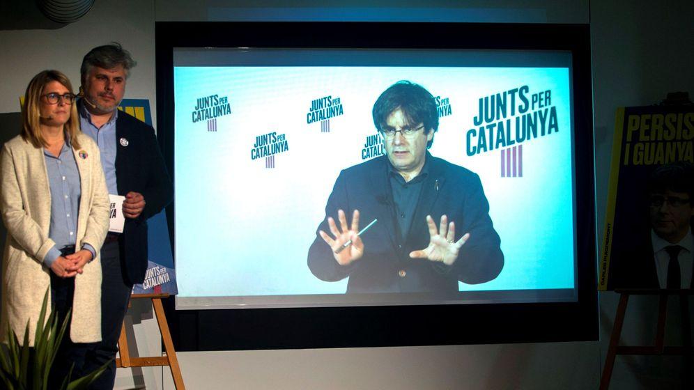 Foto: Intervención en rueda de prensa a través de videoconferencia del expresidente catalán Carles Puigdemont. (EFE)
