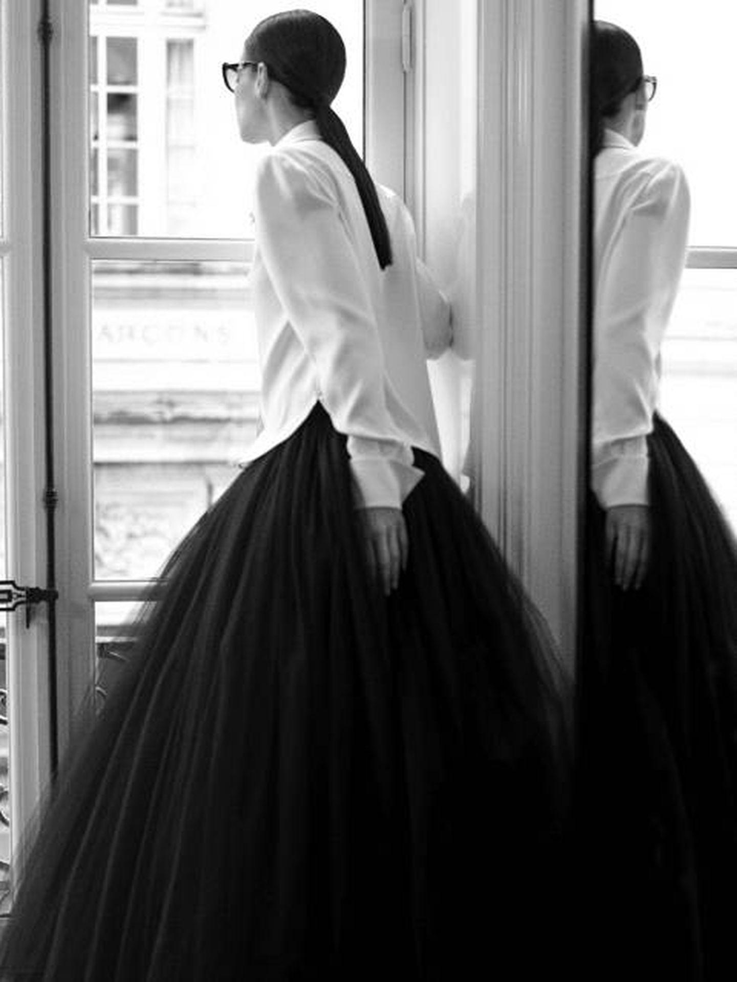 Camisa y tul. (Anton Corbijn para Chanel)