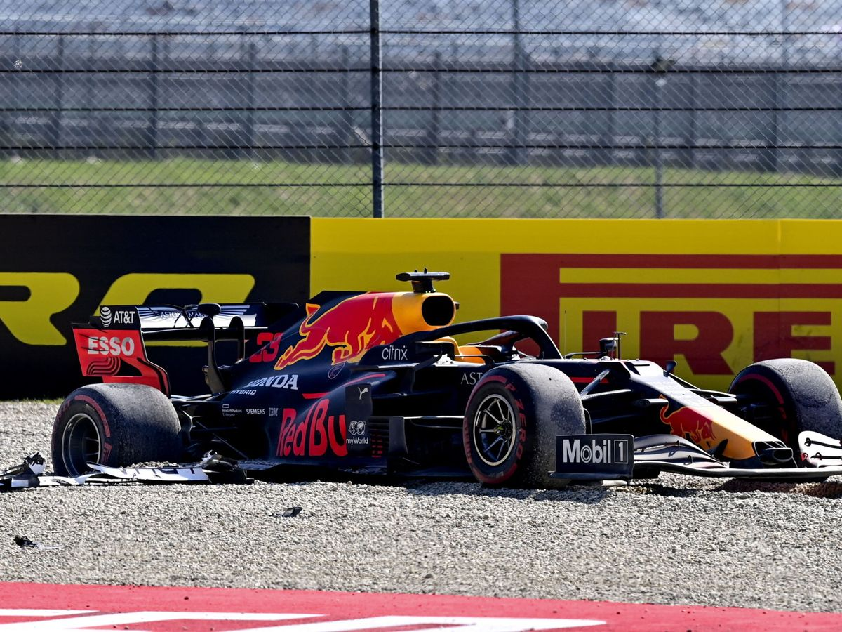 Foto: Así acabó el Red Bull de Max Verstappen en Mugello. (EFE)