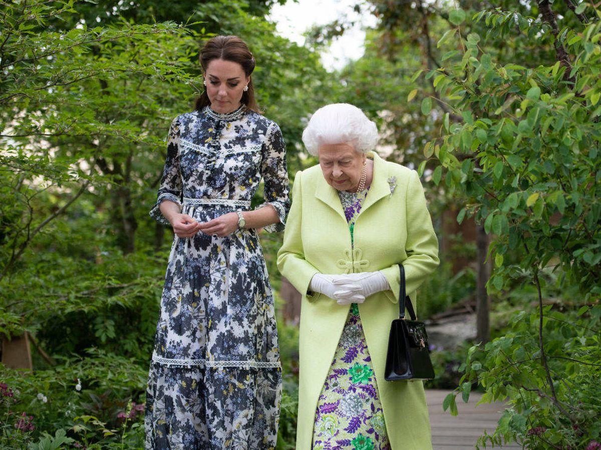Foto: Kate Middleton con la reina Isabel II. (Getty)