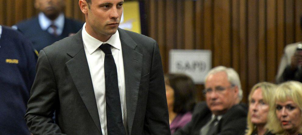 Foto: Oscar Pistorius durante el juicio por el asesinato de Reeva Steenkamp (I.C.)