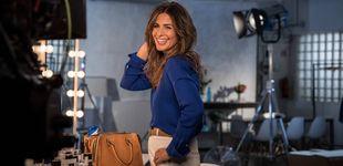 Post de Nuria Roca saca a la calle su 'edredón', una de las prendas virales de la temporada