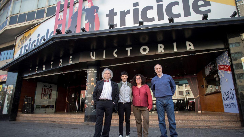 El Mago Pop tras anunciar la compra del Teatre Victoria (EFE)
