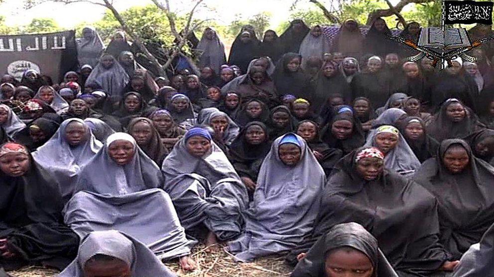 Encuentran a una de las 219 niñas secuestradas por Boko Haram