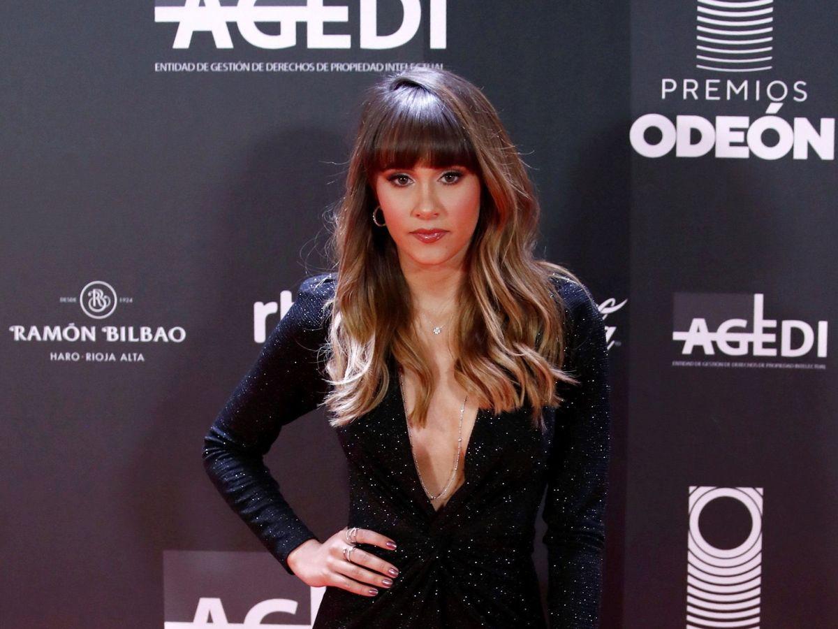 Foto: Aitana, a su llegada a los Premios Odeón. (EFE)