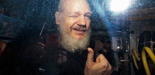 Post de Julian Assange a los 50: hacker juvenil, 'novio' de Pamela Anderson y padre por sorpresa