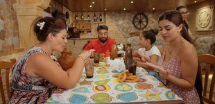 Post de 'Los Gipsy Kings': el peculiar y conflictivo reparto de comida en casa de los Jiménez