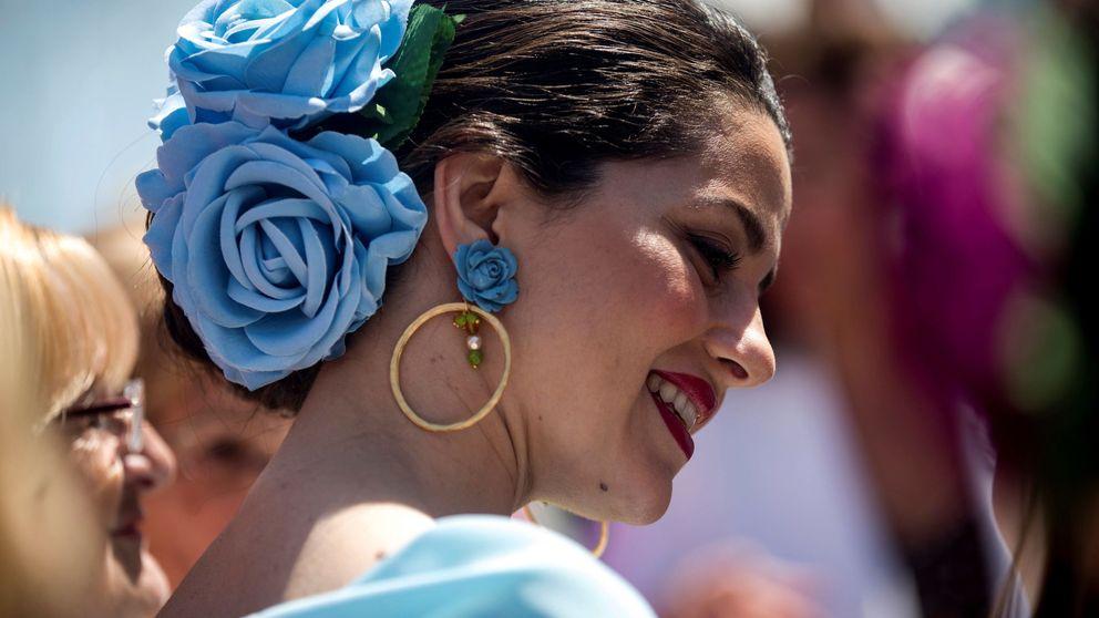 Inés Arrimadas acapara todas las miradas con su look flamenco