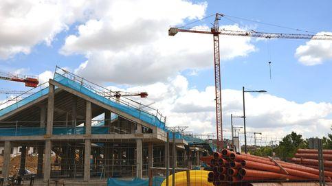 Los arquitectos piden al Gobierno el cierre de las obras de construcción