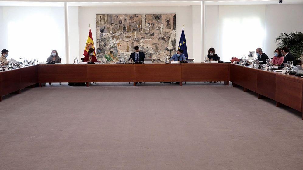 Foto: El presidente del Gobierno, Pedro Sánchez, durante la reunión semanal del Consejo de ministros. (EFE)