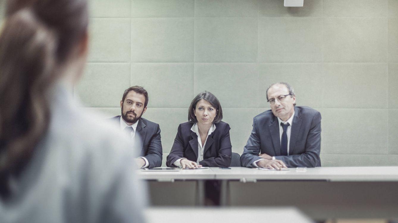 Cómo salir airoso de la peor pregunta en una entrevista laboral según el mayor experto