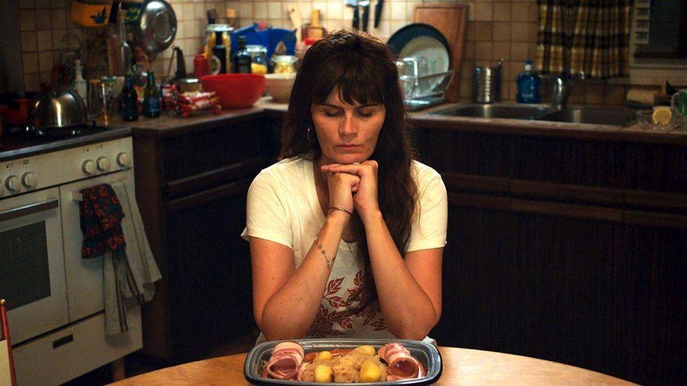 'Mytho': humor negro en la comedia francesa más mentirosa de Netflix
