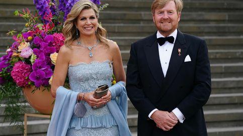 Máxima de Holanda rescata un Valentino de hace diez años (y con guiño a Charlène)